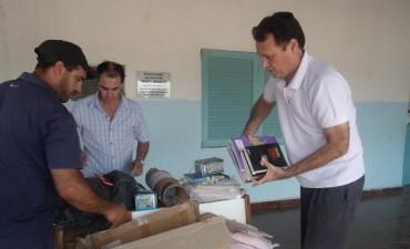 Paraje La Nación recibió Útiles y Libros