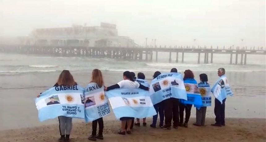 A seis meses, marcha, misa y reclamo para que siga la búsqueda del ARA San Juan