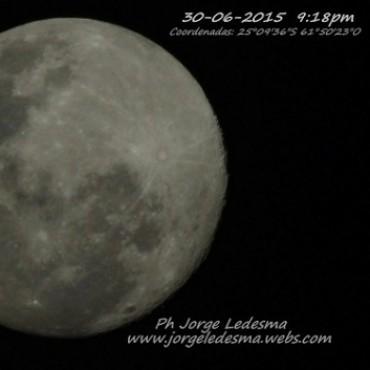 La Luna Vista desde el Corazón del Impenetrable