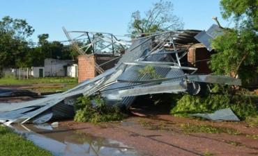Fuerte temporal de lluvia y granizo castigó a La Leonesa y Las Palmas