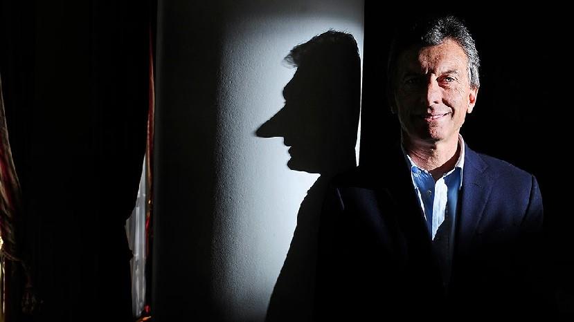 "Echaron de Clarín al fotógrafo que retrató al Macri ""Pinocho"""