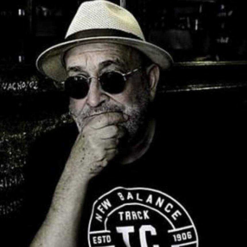 """El escritor Miguel Molfino en el ciclo """"Nativos narrativos"""" de la UNNE"""