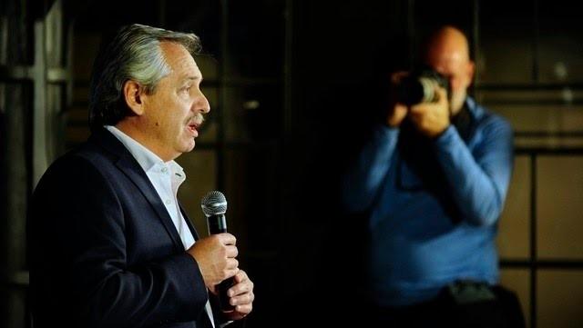 Alberto Fernández insultó a Domingo Peppo y éste le respondió