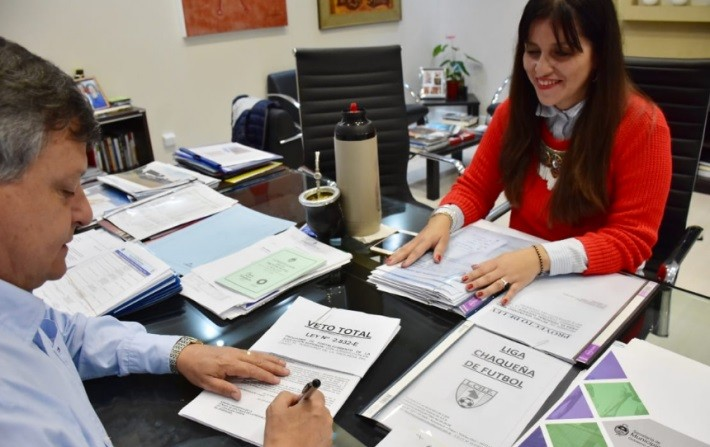 Peppo vetó la polémica Ley Nº 2832 de Educación Superior